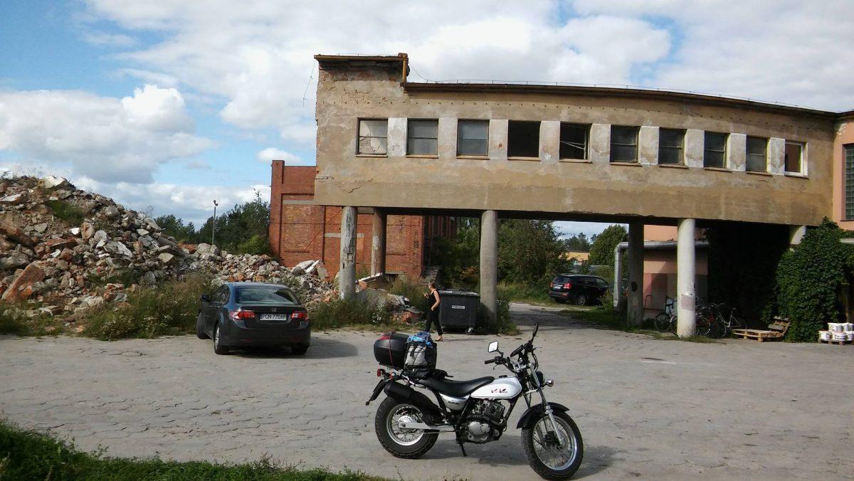 Wapno - ruiny jakiejś fabryki