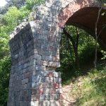 Filar wiaduktu w Kozinie